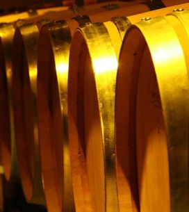 How To Navigate A Wine List: 10 Tips From a Sommelier