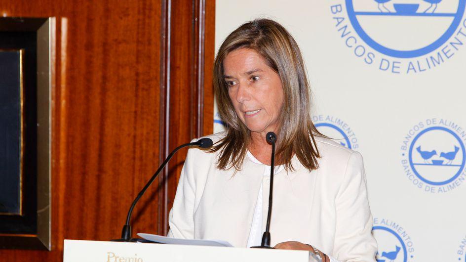 La ministra de Sanidad Ana Mato, presenta su dimisión