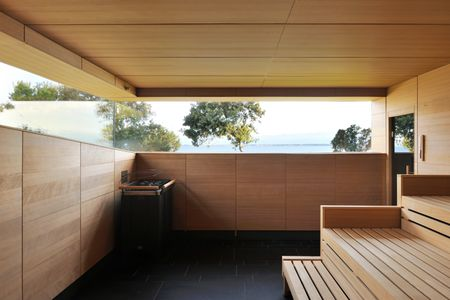 Beim Saunagang den Blick über die Adria schweifen lassen