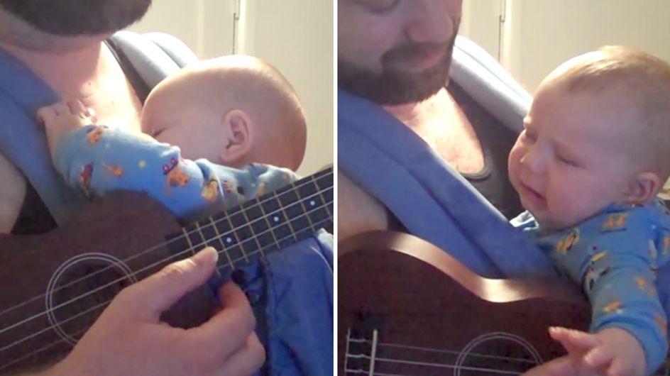 Video/ Guarda questo papà perfetto che fa addormentare il bimbo in due minuti con la ninna nanna