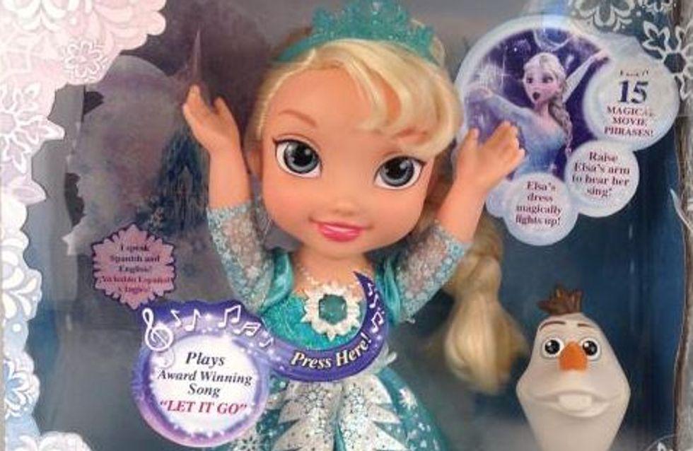 La poupée chantante Reine des Neiges pour Noël ? Les parents deviennent fous