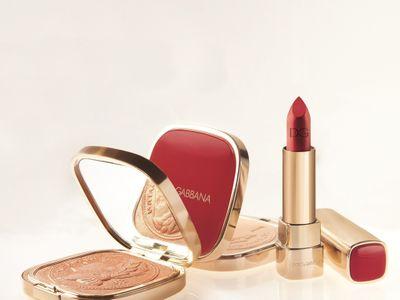 Dolce & Gabbana crée un maquillage dédié aux Fêtes de fin d'année