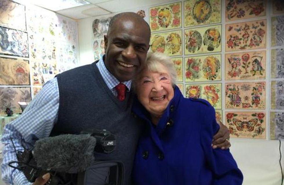 A 90 ans, cette grand-mère survit à un cancer et célèbre son combat de manière très originale (Photo)