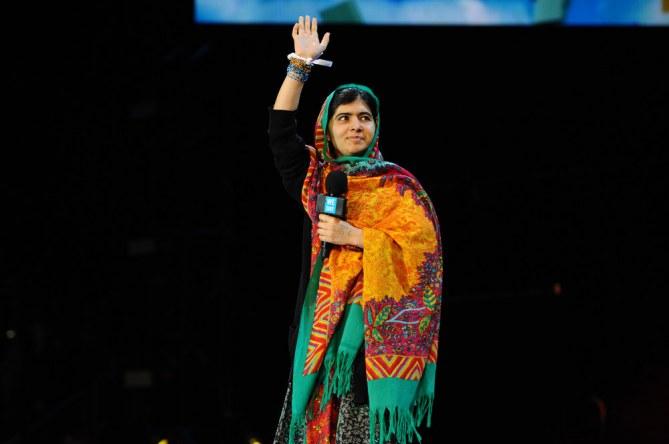 Malala Yousafzai est honorée par le Prix Nobel de la Paix 2014.