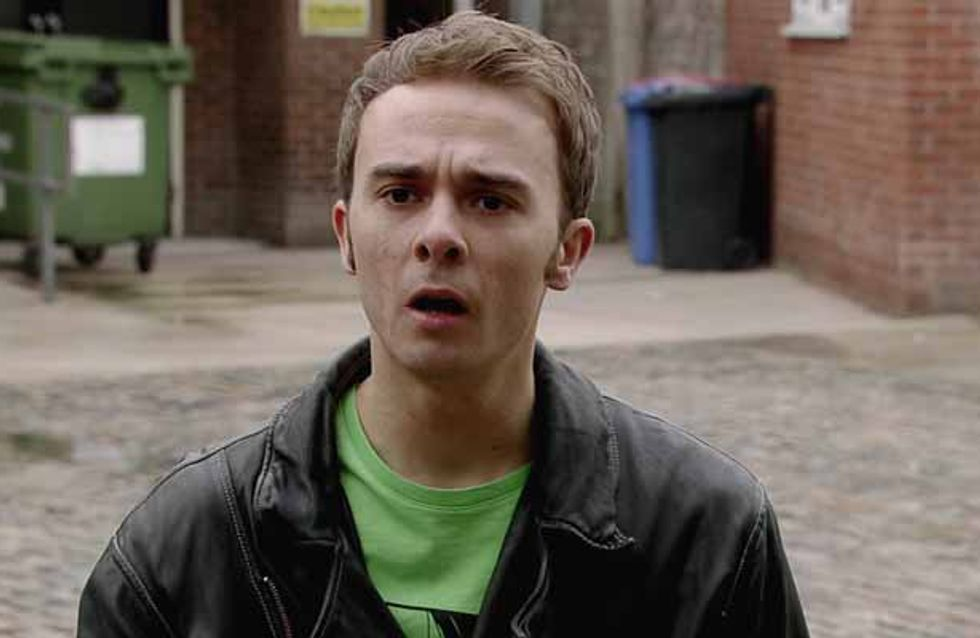 Coronation Street 17/12 – There's needle between David and Tyrone