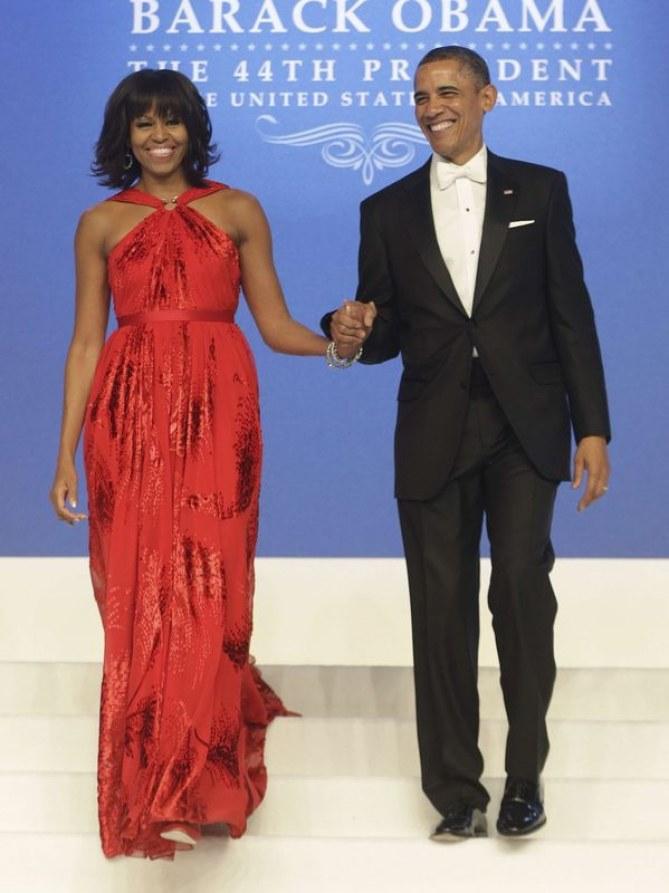 Michelle et Barack Obama à une cérémonie.