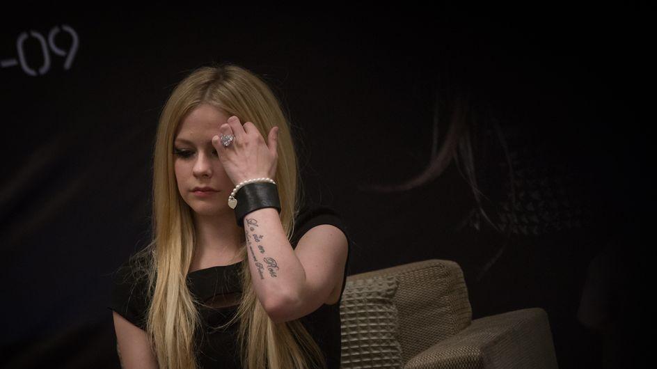 Hat Avril Lavigne eine schlimme Krankheit?