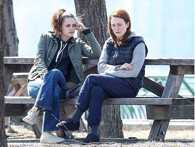 Julianne Moore et Kristen Stewart dans Still Alice