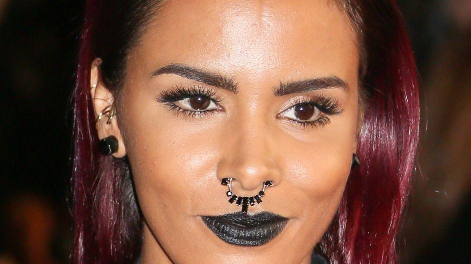 NRJ Music Awards 2014 : Le look gothique de Shy'm vivement critiqué (Photo)
