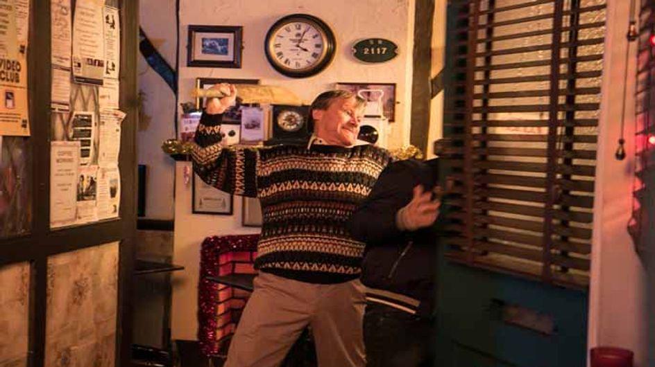 Coronation Street 26/12 – Gary unleashes Roy's dark side