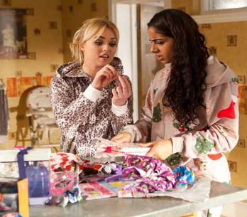Hollyoaks 22/12 - Theresa is suspicious about Dodger's whereabouts
