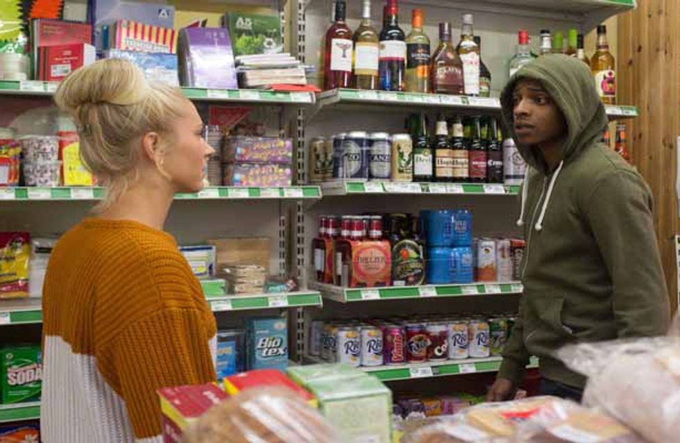 Eastenders 30/12 – Ronnie puts her plan into action