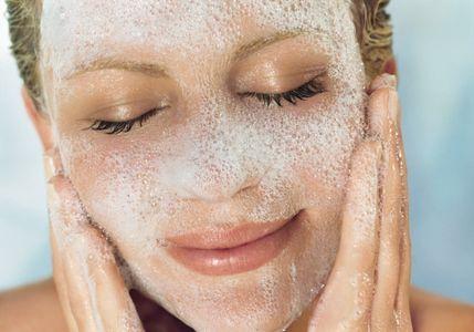 Cómo limpiar la piel correctamente