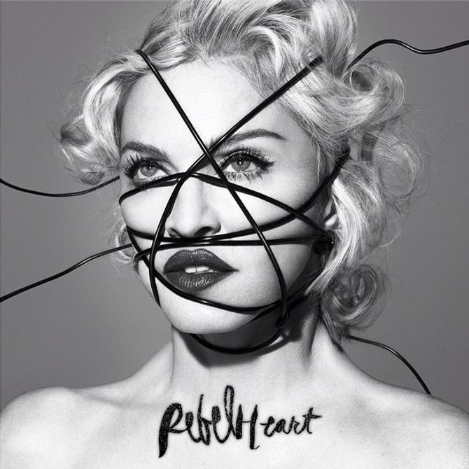 Madonna sur la pochette de son single Rebel Heart