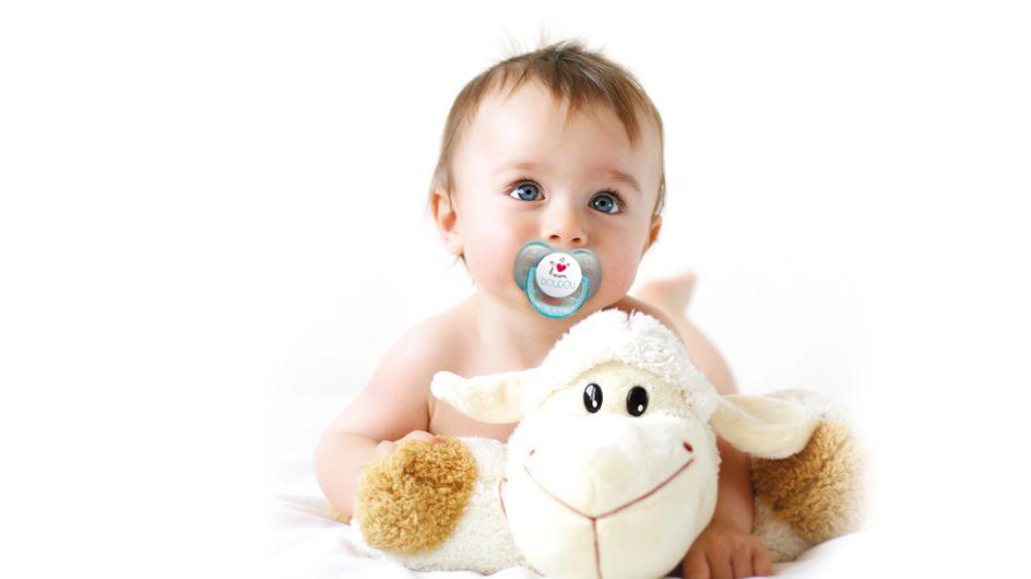 Faut-il donner une tétine à son bébé ?