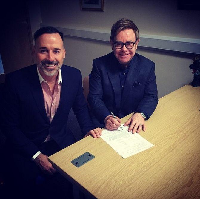 Elton John et David Furnish se sont mariés
