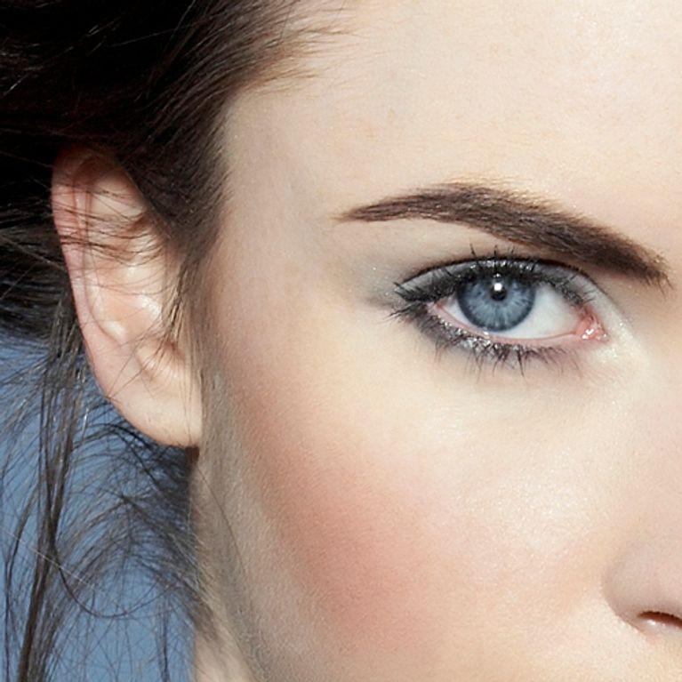 maquillage des yeux bleus nos meilleurs conseils. Black Bedroom Furniture Sets. Home Design Ideas