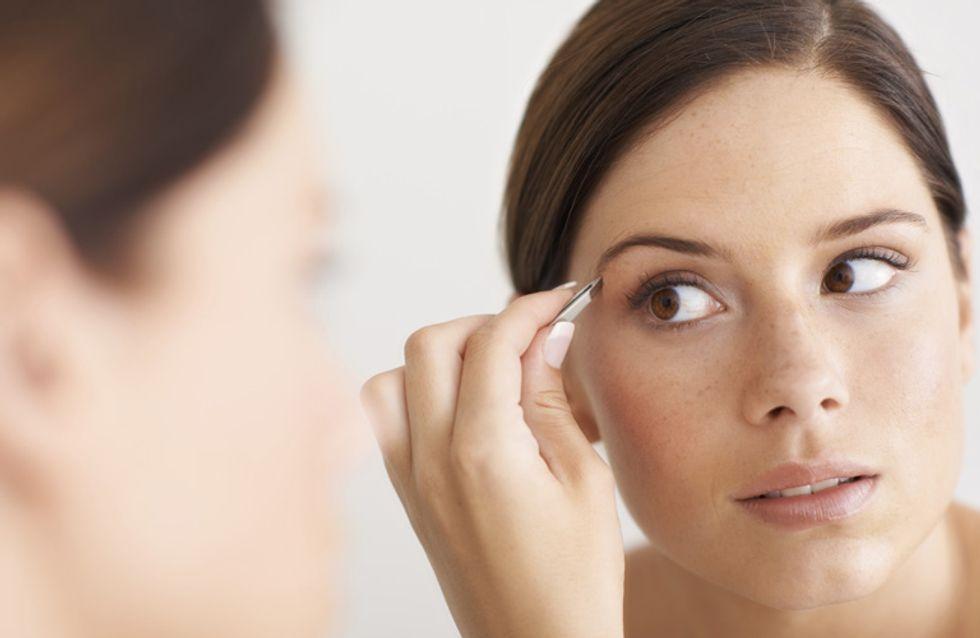 Augenbrauen richtig zupfen: Praktische Tipps & Kniffe