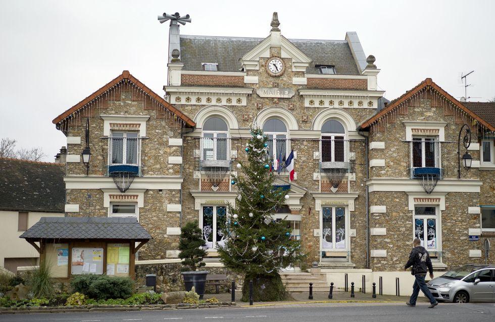 Le refus du maire d'inhumer un bébé rom crée le malaise à Champlan