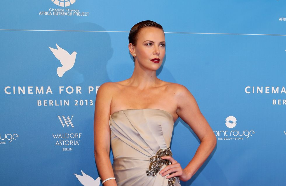 Charlize Theron, jalouse de Chris Hemsworth ?