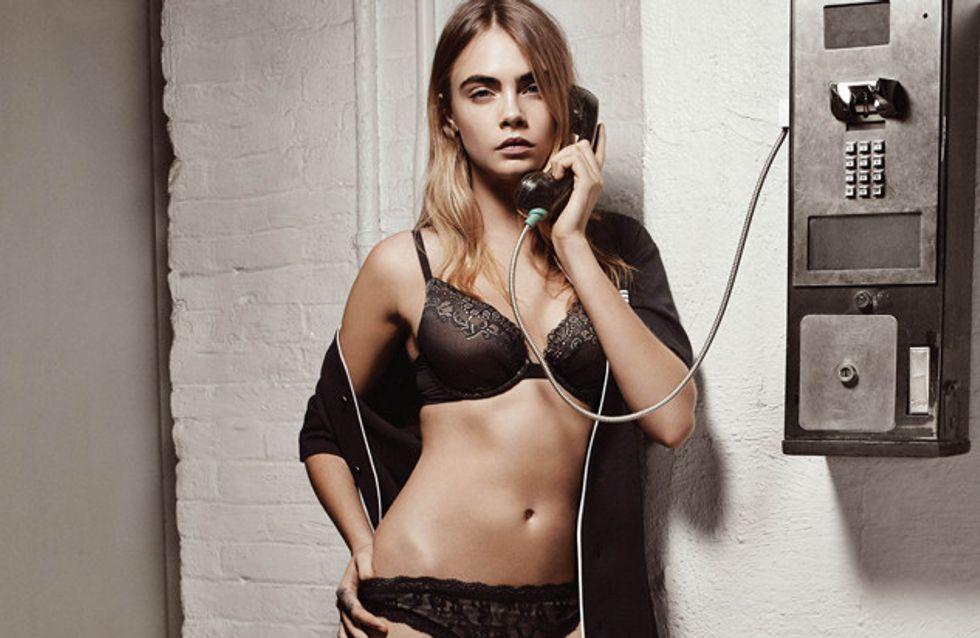 Cara Delevingne se dénude pour DKNY