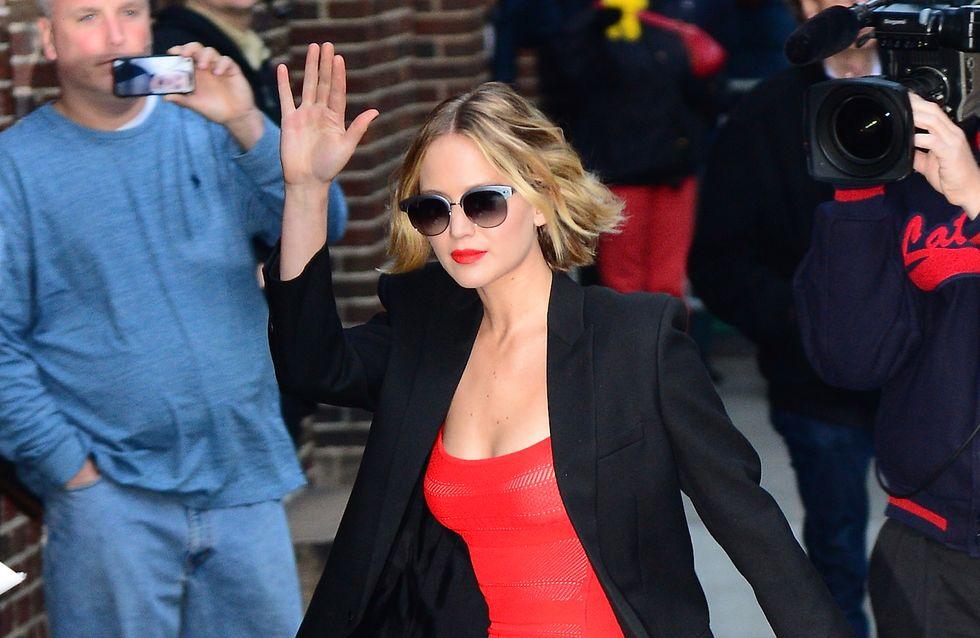 Jennifer Lawrence et Chris Martin, main dans la main aux Golden Globes 2015 ?