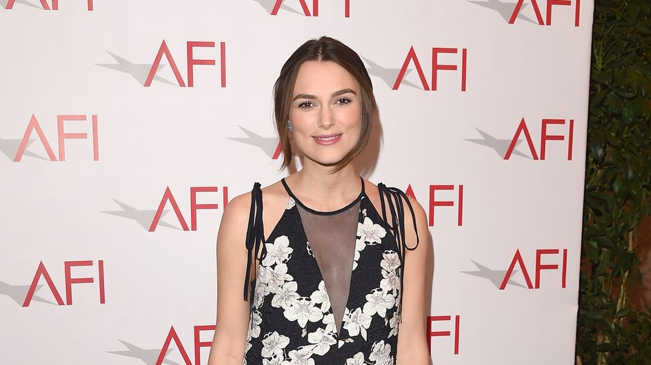 Keira Knightley sait comment planquer son baby bump