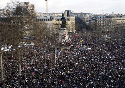 Le rassemblement, Place de la République à Paris