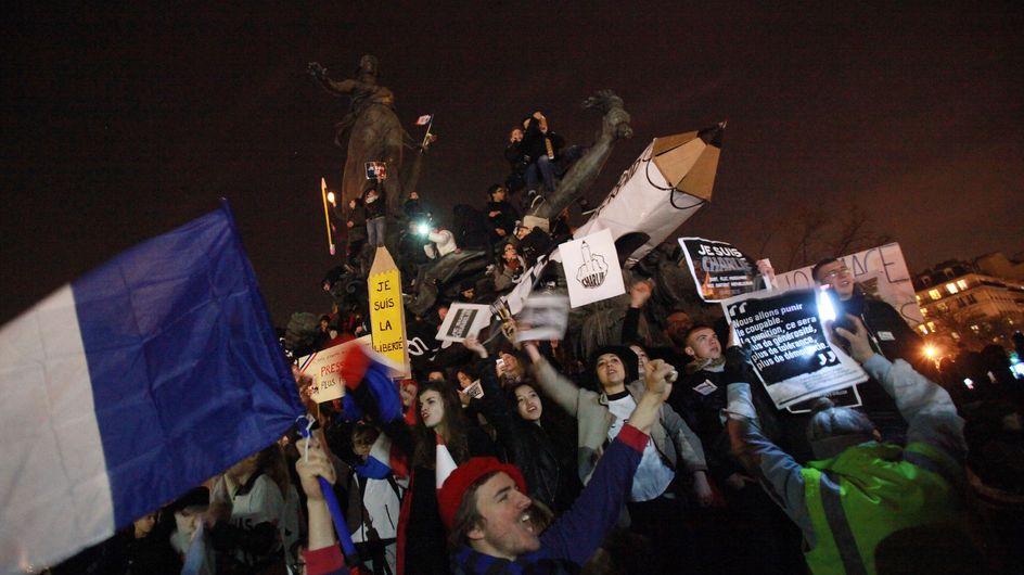 Marche Républicaine : 4 millions de personnes et 1 crotte de pigeon