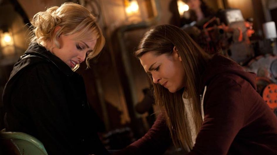 Hollyoaks 19/01 - ​Maxine and Theresa find themselves in grave danger