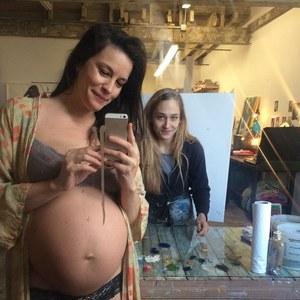 Liv Tyler, future maman rayonnante