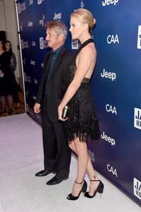 Voilà l'une des photos de Charlize Theron qui interroge.