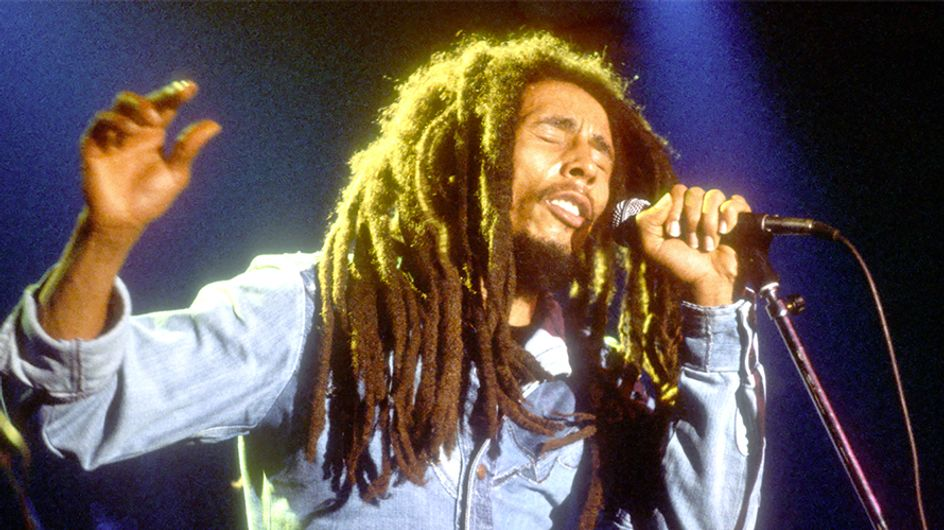 Un niño de 2 años causa furor en Youtube y redes sociales imitando a Bob Marley