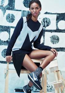 & Other Stories présente sa sélection de Nike pour les beaux jours