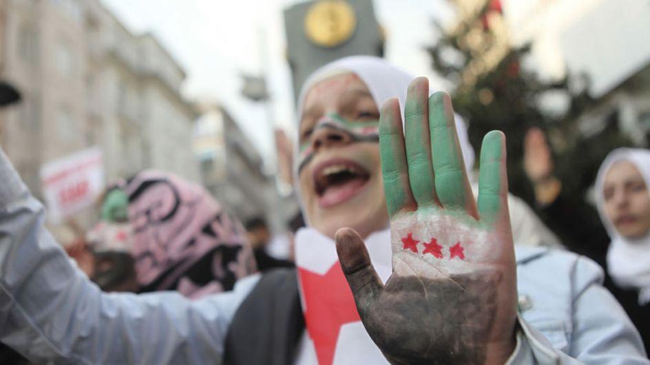 Al Qaeda ejecuta en plena calle a una mujer acusada de adulterio