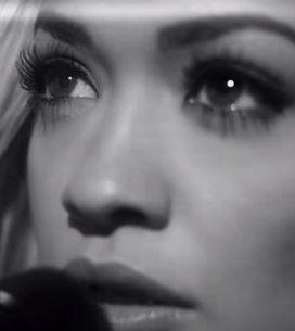 L'iconique basket Superstar d'Adidas promue par David Beckham et Rita Ora (Vidéo