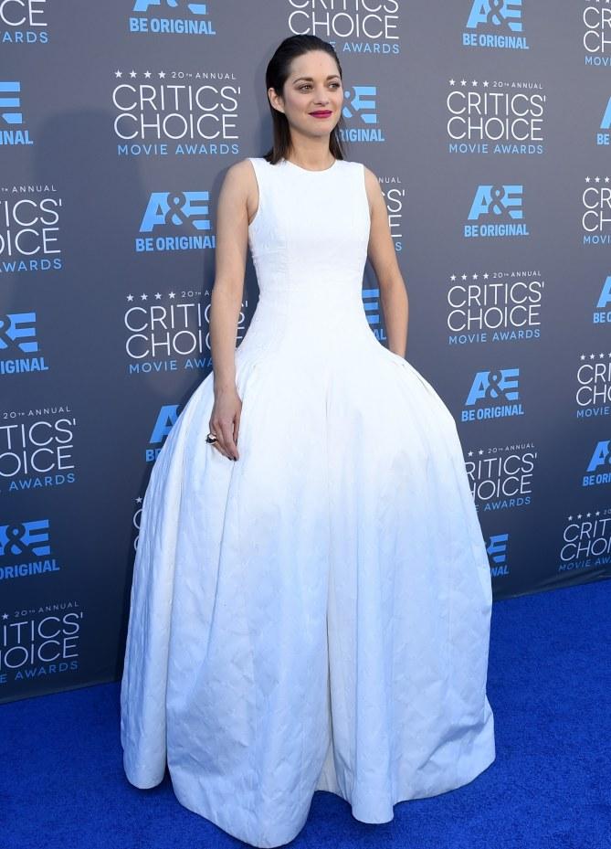 Marion Cotillard, en Dior, aux Critics' Choice Awards 2015