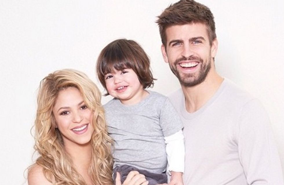 Shakira pose avec son baby bump pour l'Unicef