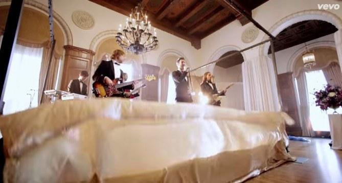 Ces mariés ne s'attendaient pas à ce que les Maroon 5 viennent à leur mariage