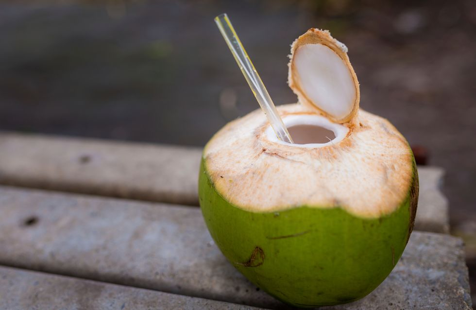 come perdere peso bevendo acqua di cocco