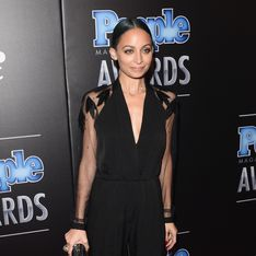 Nicole Richie, joli Petit Poney rose (Photo)