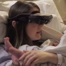 Aveugle, elle voit son bébé pour la première fois (Vidéo)
