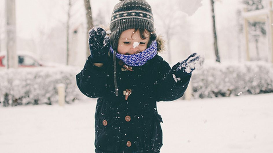 9 Indoor Activities to Do With Your Children on a Snow Day