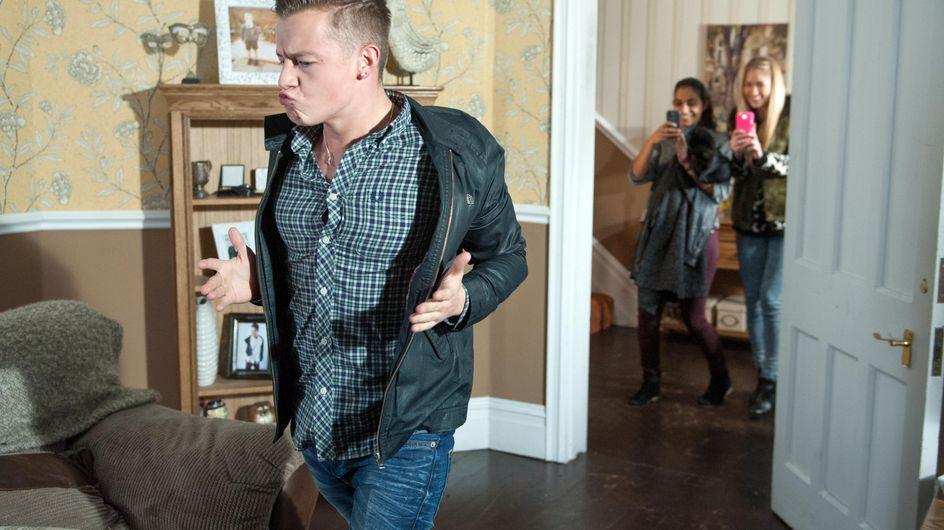 Hollyoaks 02/02 - Nancy's pill addiction has disastrous consequences