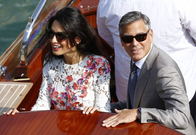 Amal Alamuddin et George Clooney à Venise.