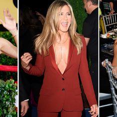 La svolta sexy di Jennifer Aniston: le immagini dell'attrice con il décolleté in vista