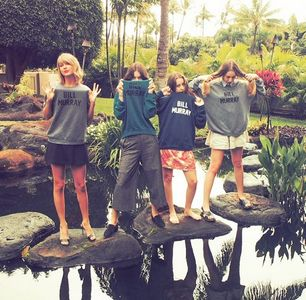 Taylor Swift et ses amies à Hawaii, 2015