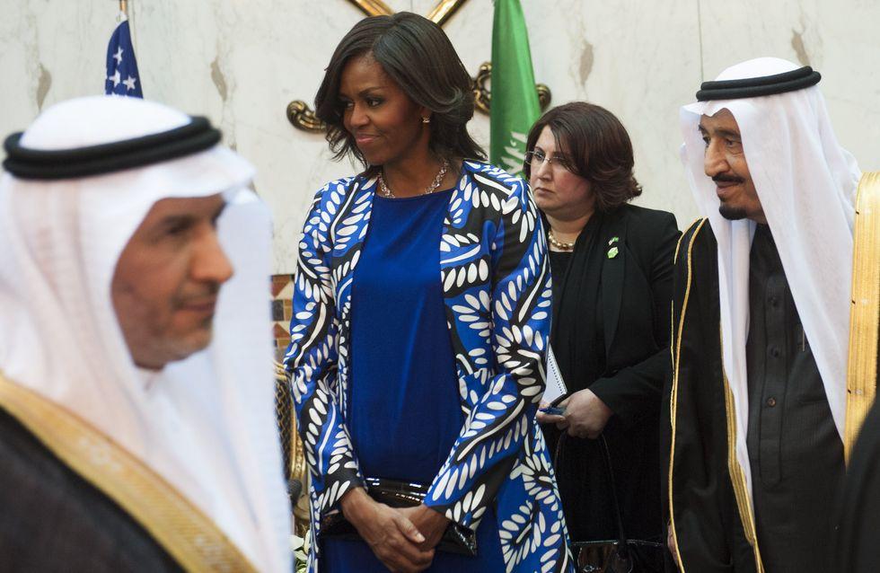 Michelle Obama refuse de porter le voile en Arabie Saoudite