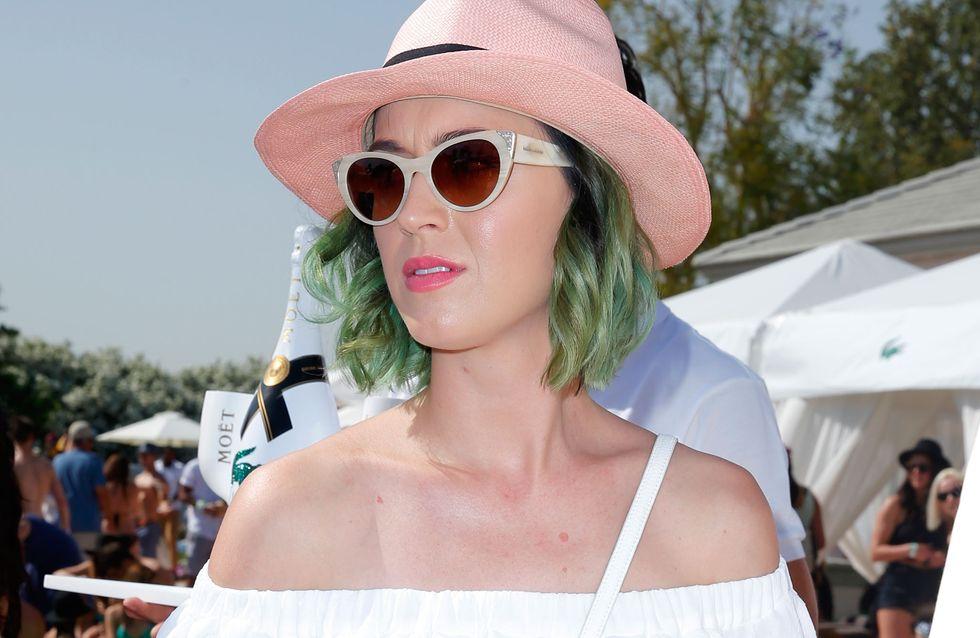 Quand Katy Perry transforme ses orteils en ballons de foot
