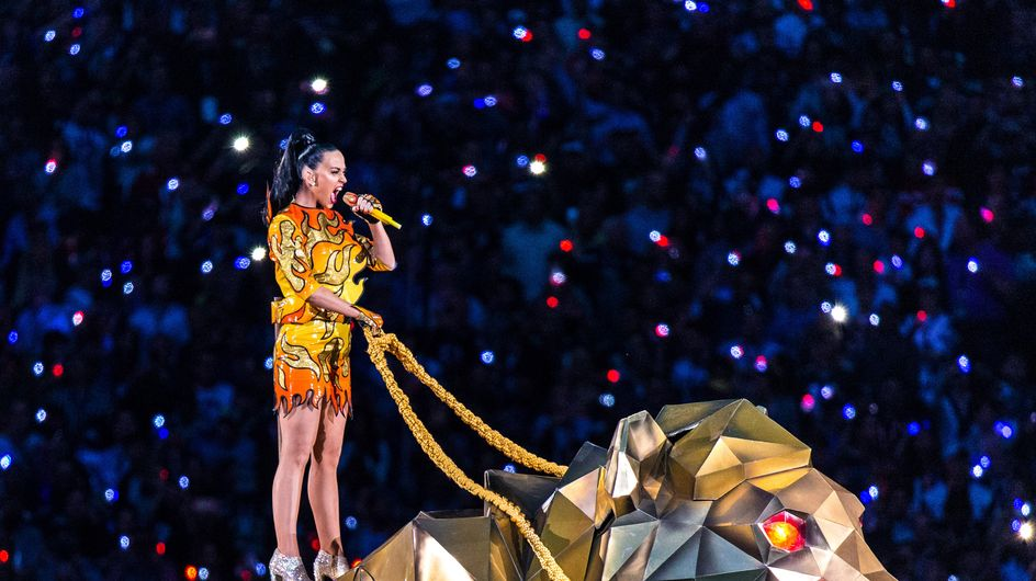 Katy Perry déchaînée pour le Super Bowl (Photos et vidéo)